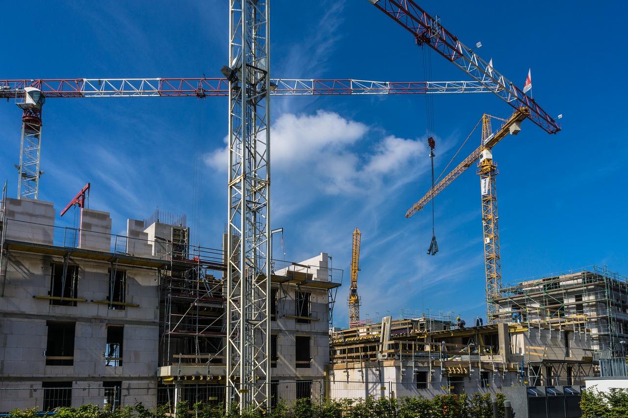 Badanie szczelności budynku. Docieplenie stropodachu metodą wdmuchiwania – badanie szczelności powietrznej